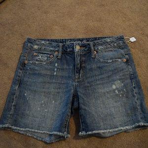Ladies AE shorts size 4